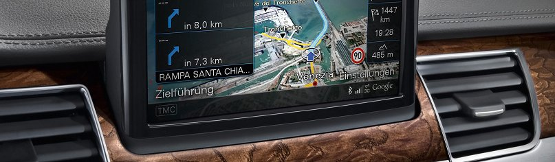 2010-Audi-A8-Navigation-system-with-Google-Earth-1920x1440_croped