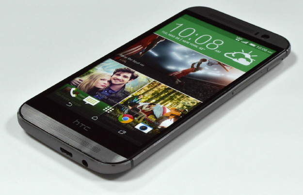 new-htc-one-dummy-3